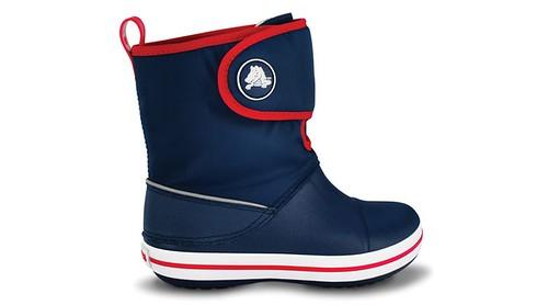 Calzado infantil invierno 2011, botas y zapatos para niños de Crocs