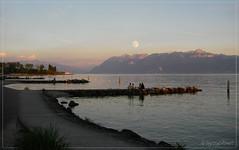 un soir d'Aout (anjoyplanet) Tags: moon lake colors lune evening peace lac peaceful august vidy leman soir lman aout anjoyplanet