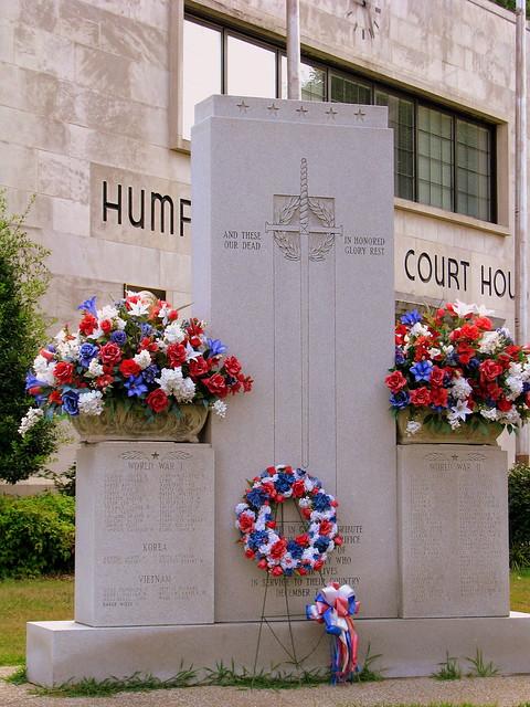 Humphreys County War Memorial