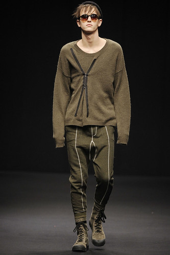 Alex Dunstan3076_FW10_London_Topman Design(GQ.com)