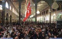 الزائرين یعزون سيدالشهداء بذكری وفاة ام المصائب السيدة زينب سلام الله عليها في يوم 15 رجب