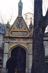 Princess Tomb (akki14) Tags: film cemetery montmartre expired finetta88 kodakkodacolor