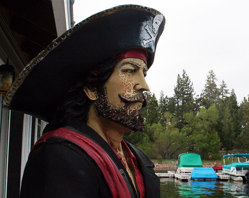 Big Bear Lake - Pirate at Holloway's Marina