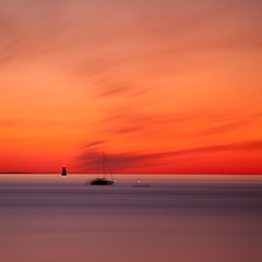 Rowing (c e d e r) Tags: ocean longexposure sunset red sea seascape night skne europe foto sweden malm afterglow resund nightexposure ceder resund limhamn nd110 flickriver resundstrait cederfoto 10stopgreyfilter
