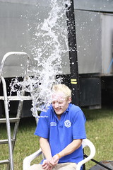_MG_5863 (the random snapper) Tags: show man game wet water canon soak splash cirencester dunk 450d cotswoldshow youngfarmers soakabloke