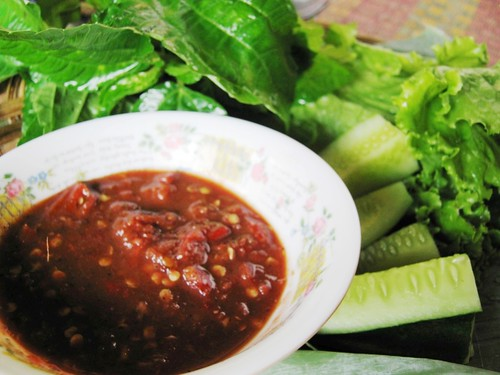 Sambal Lalap (chilli sauce and green vegie)