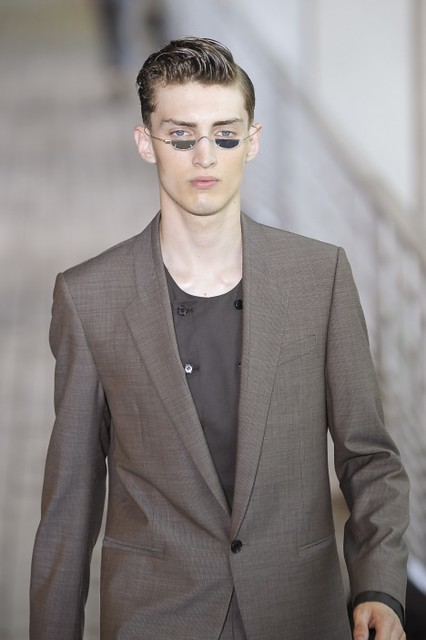 Charlie France3321_SS11_Paris_Wooyoungmi