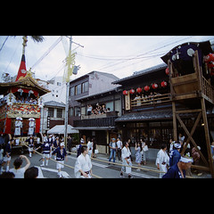 (Masahiro Makino) Tags: festival japan photoshop nikon kyoto grand snap parade adobe   gion f3 24mm nikkor float matsuri f28 lightroom    naginataboko 20090717nfcenturia4002ls640p
