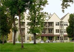 senior housing has 3-story density (courtesy of Perry Rose)