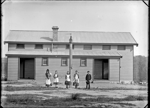 Unidenified school, NSW, n.d.