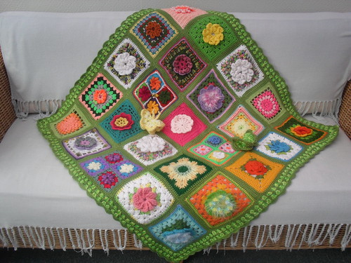 Such beautiful Flower Squares thank you to my SIBOL Friends!.......>