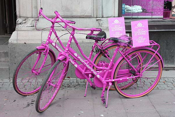 Over cute pink bikes