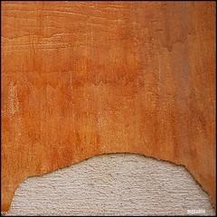 Remordimiento (Merillou) Tags: light abstract color colour texture textura luz wall pared idea surface minimal squareformat feeling concept abstracto flaking remorse superficie sentimiento oberflchen concepto 500x500 remordimiento nikond60 desconchn formatocuadrado merillou