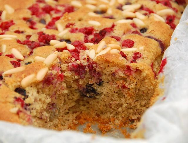 torta ai frutti rossi e blu