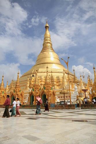 Shwedagon main stuppa