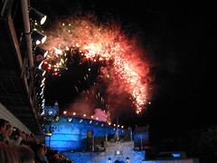 DSCN3207 (lexylife) Tags: people history scotland edinburgh fireworks eventsandfestivals edinburghmilitarytatoo