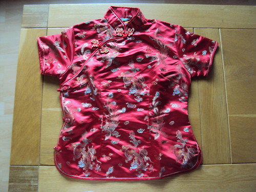red chinese top sz m/l