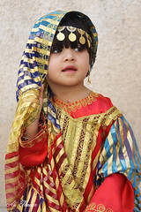Arabic loveliness (Ali Thamer) Tags: girl beauty gold bahrain child arabic arab bahraini   loveliness    darkulaib  alithamer
