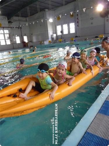 0729游泳紀錄 下課可以玩香蕉船最開心!