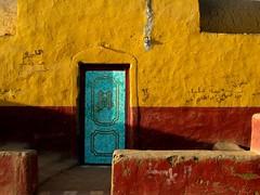 assouan, village nubien (ben ot) Tags: door egypt nile porte nil nubia gypte nubie assouan nubianvillage villagenubien