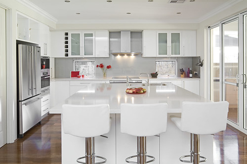 ergonomics kitchen design, ergonomics kitchen layout. White gloss kitchen design with wooden floors