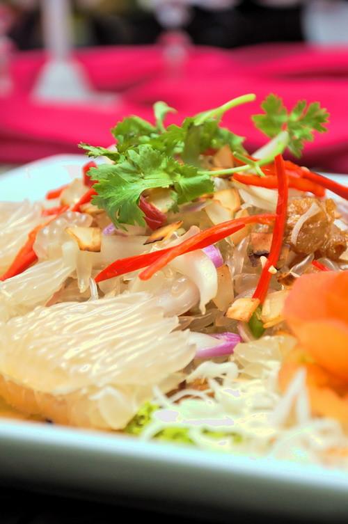 Crunchy Pamelo Salad