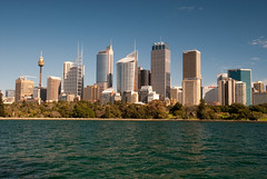 Sydney skyline (Scott Weatherson) Tags: city building water skyline harbor harbour sydney australia newsouthwales 2010