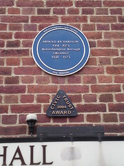 Photo of Arnold Richardson blue plaque