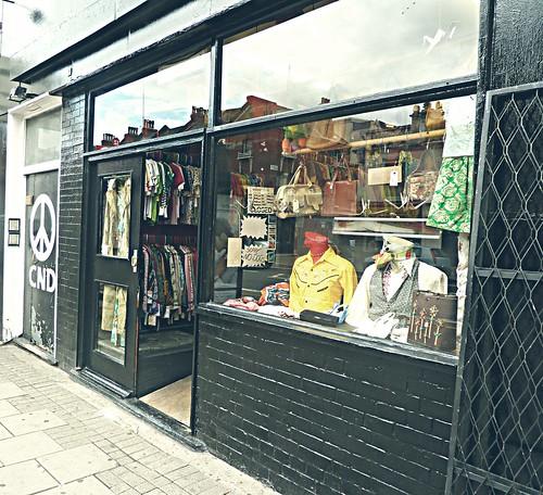 vintage shop 2