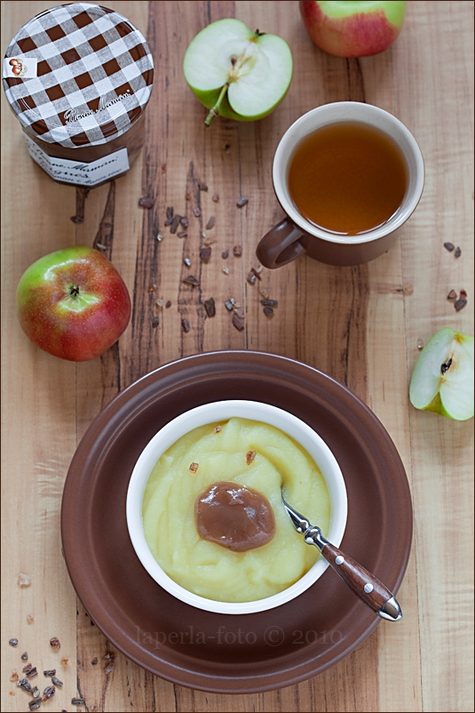 Apple sauce and chestnut jam