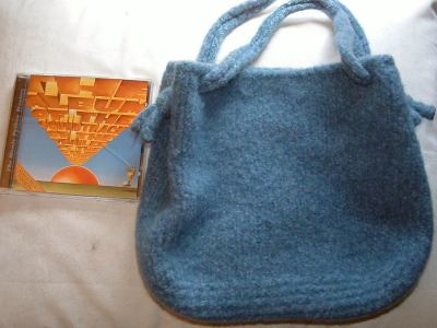 Cascade bag, felted