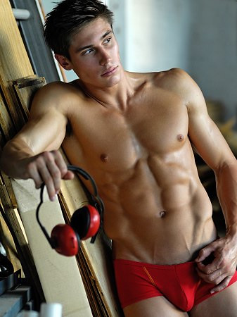 Sexy Muscle Hunk hot underwear fitness male model