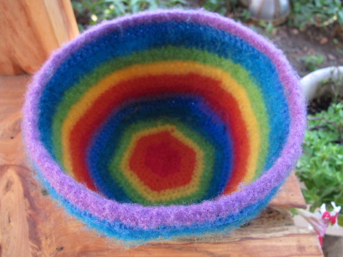 My darn felted bowl again!