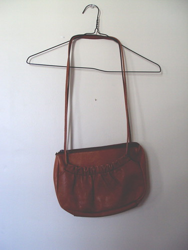 Little Ruffle Leather Purse