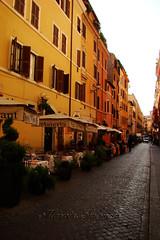 Perspective (Marcia Salviato) Tags: street italy rome roma travels holidays europe italia perspective marcia eu it perspectiva rua viagens ferias vacanze h9 duetos salviato marciasalviato