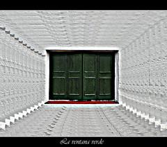 La ventana verde (josehico) Tags: ventana fachada soe menorca escastell flickrestrellas nikoncoolpixs210 bestcapturesaoi josehicoexplore josehico
