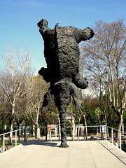 Upside elephant (elinapoisa) Tags: madrid elephant sculpture art
