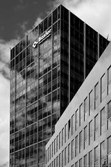 Basler Versicherungen / Hamburg (Images George Rex) Tags: hamburg de baslerversicherungenn insurance offices architecture modernism glazed curtainwall photobygeorgerex imagesgeorgerex germany bw