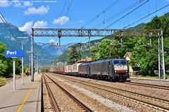 Doppia discesa! (Pignata Matteo) Tags: e189 908 924 tx logistic verona quardante europa brennero intermodali discesa transito peri treni carri casse mobili treno europeo combinato