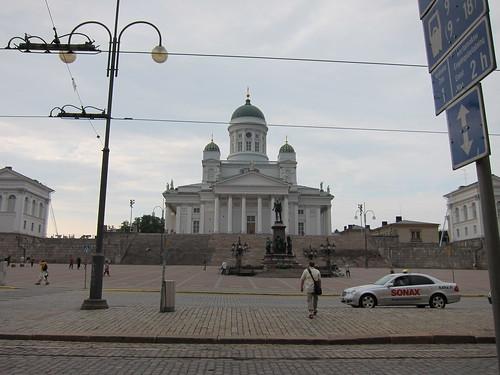 Tuomiokirkko and Senaatintori