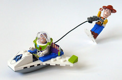 Space Skiing (Oky - Space Ranger) Tags: sports set buzz toy star promo ship skiing lego space woody mini disney story pixar lightyear command sherif