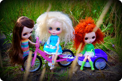 Going for a bicycle ride! (LadyGuinevere!) Tags: sleeping summer angel vintage soleil ooak skipper elf wig ducky mohair blythe freckles custom pure ae licca hs sbl scalp neemo rbl flexion vintageskipper pureneemo frfr sleepingelf letsplayhouse sunnypastels lotsoflace angelicaeve liccafied friendlyfreckles heathersky angelskye summersoleil duckydungaree neemoflexion