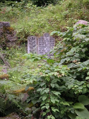 DSCN0614 Région de Ayder, tombe près d'un pont ottoman