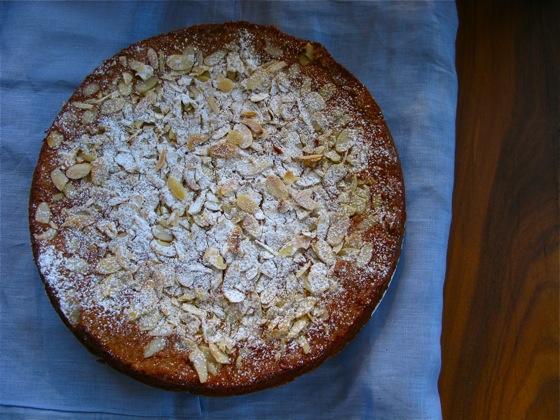 banana almond cake 001