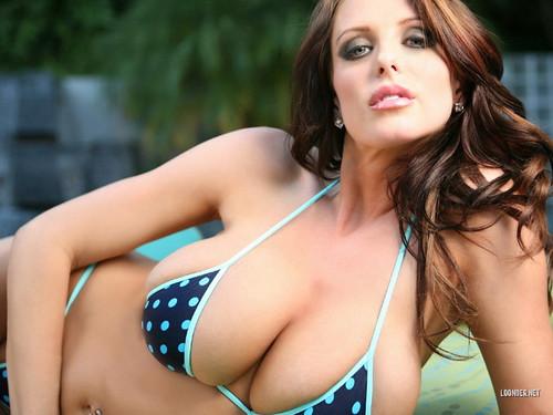 Model Brandy Robbins