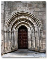 Portal interior na catedral de Ourense (vmribeiro.net) Tags: door espanha catedral portal ourense