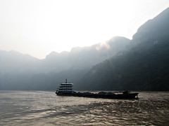 63/365 (Gabrielle Mass) Tags: china mountains sunrise river boat coal yantze