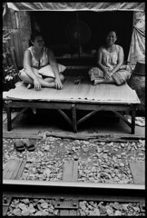 neighbours (terrosa) Tags: thailand bangkok trix 45 series selfdevelope summicronm35mmiv railwaytrackresidents papertoast