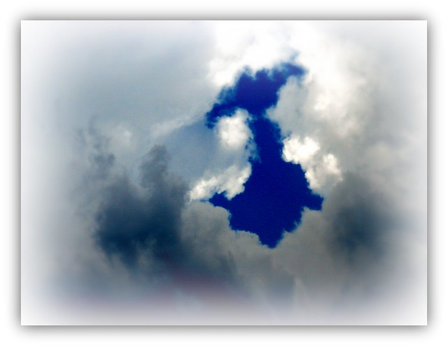 Sky over Stowe