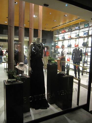 Fashion Night Out 2010 045
